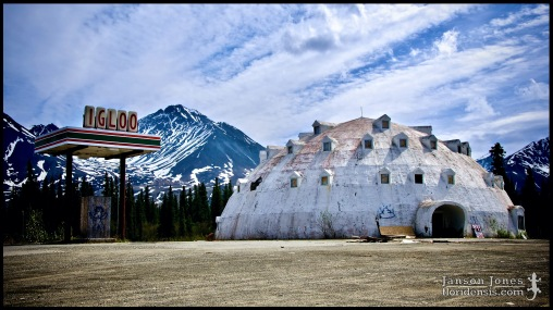 Abandoned Igloo gas station, photographed in Matanuska-Susitna Borough, Alaska (31 May 2011). Day 01 of the 2011 Roadtrip from Alaska to Florida (Mile 0190 of 7221).